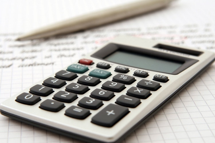 Économisez de l'argent grâce aux crédits HOSTEUR